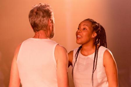 Mark Padmore & Elaine Mitchener star in Cave (20 June 2018)  © Manuel Harlan for London Sinfonietta & Royal Opera House